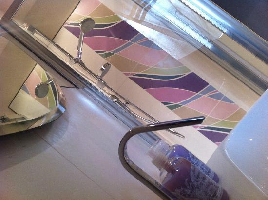 Silvani 123 Bed & Breakfast: Bagno Camera SUITE