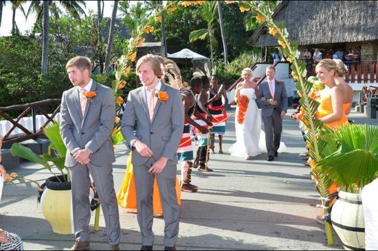 Voyager Beach Resort : our wedding at voyager beach