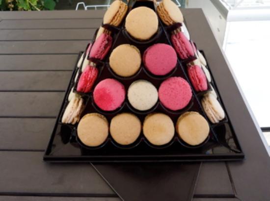 Le Calabash Petit Conservatoire de la Cuisine: I love Macarons