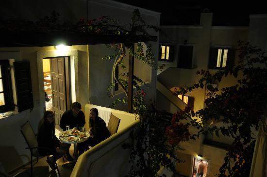 Markakis Studios Fira: balcony