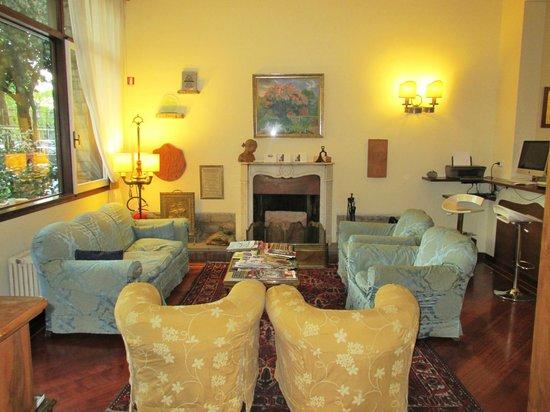 Hotel David lounge