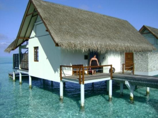 Four Seasons Resort Maldives at Landaa Giraavaru: Our Gorgeaous Water Villa