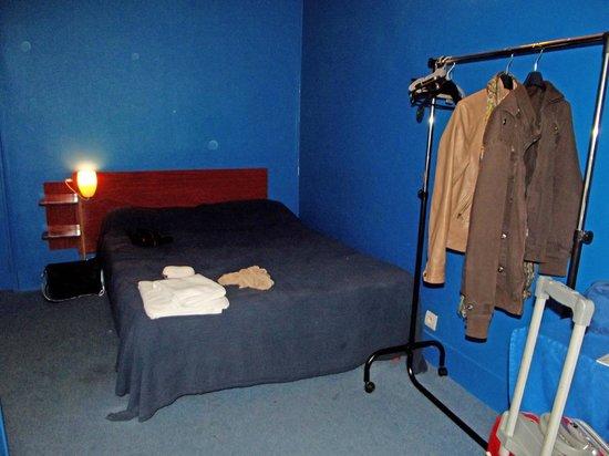 Alfa Hotel Nation: Stanza n. 15 / Room n. 15
