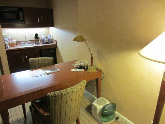 Sheraton Suites Calgary Eau Claire: Suite au 8e floor