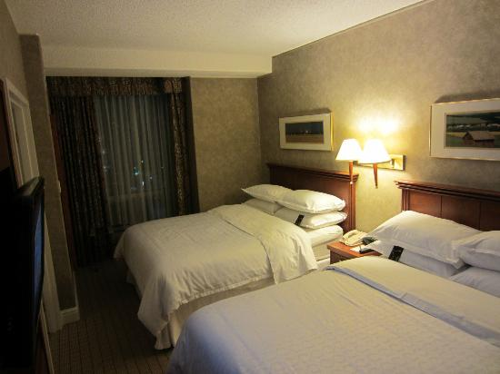 Sheraton Suites Calgary Eau Claire: Real confortable beds