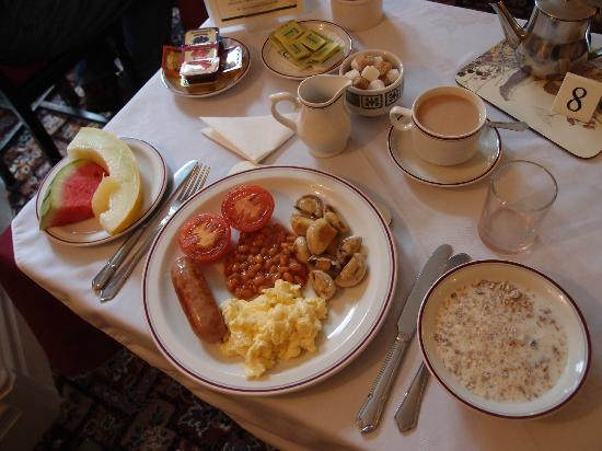 The Firgarth: Very hearty and deliciously cooked breakfast.