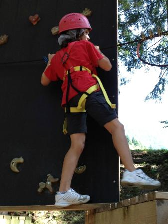 Dolomiti Adventure Park: Un superbimbo in azione
