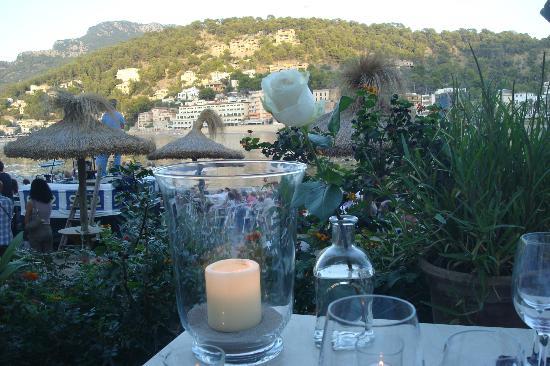 Bar and Restaurant Agapanto: setting sun