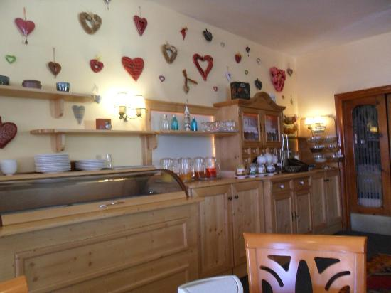 Hotel Seehof: Breakfast buffet bar