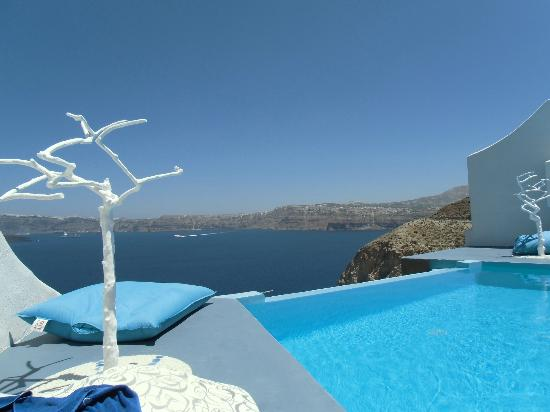 Astarte Suites: View by the pool