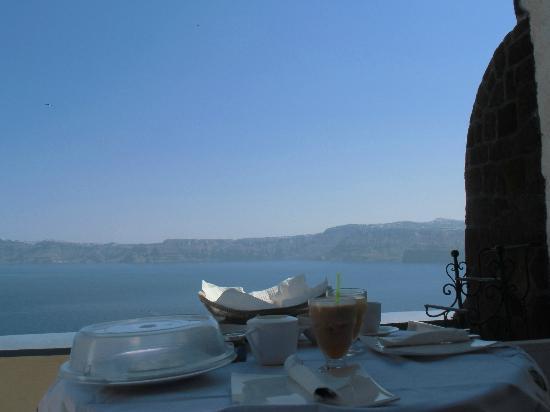 Astarte Suites: Balcony 