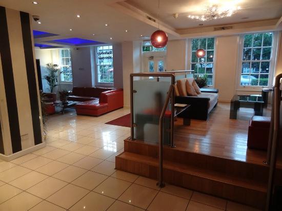 โรงแรมเชฟสเตสบูรี่เมโทรโพลิสลอนดอน ไฮดี้ปาร์ค: Lobby