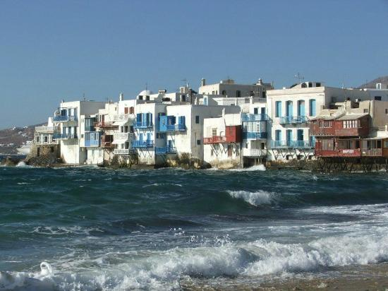 Anixi Hotel Mykonos: Mykonos town, rough sea normal this time of year