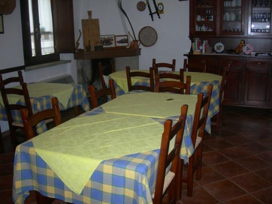 Casa Tipica S'antigu: sala