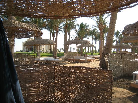 SENTIDO Palm Royale: beach