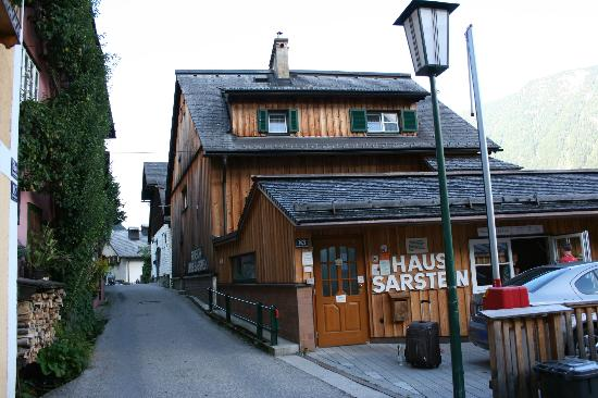 Pension Sarstein : View from the street