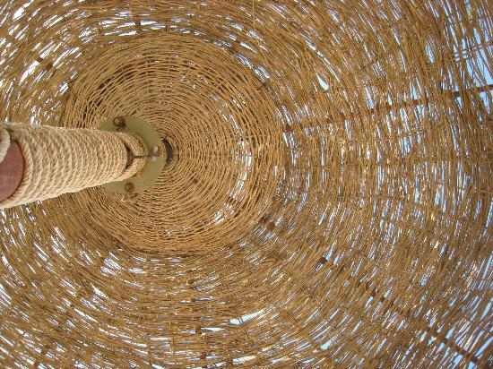 SENTIDO Palm Royale: beach umbrellas