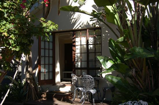 Bayside Guesthouse: Private Entrances