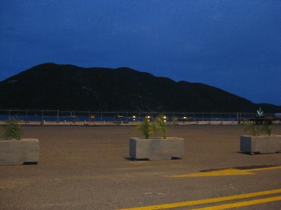 Baja Ferries: Estacionamiento del puerto de Topolobampo.