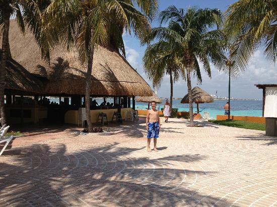 Fiesta Americana Villas Cancun: Bikini Bar
