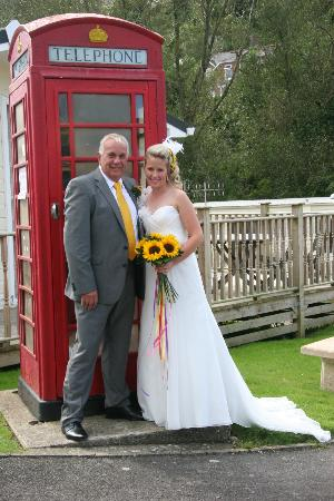 Hele Valley Holiday Park: Wedding Party
