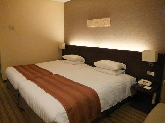 Hotel Mystays Premier Narita: すっきりと落ち着いた雰囲気の部屋