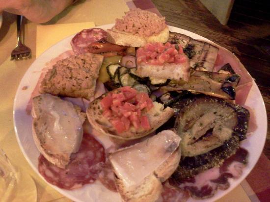 I Bischeri: L'antipasto