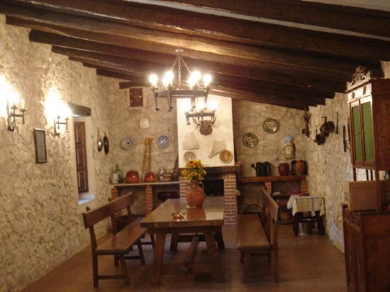 El Molino del Valcorba: la bodega, un lugar magnfico para las meriendas