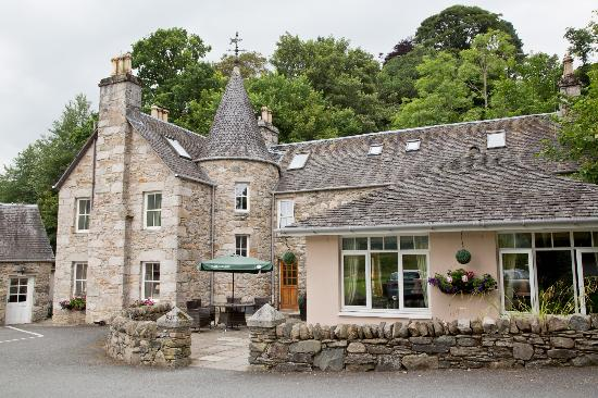 Two Sisters Restaurant: East Haugh House