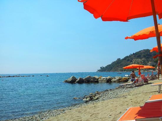 Hotel La Vela: spiaggetta privata