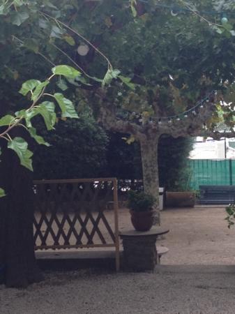 Auberge de la Calanque : garden