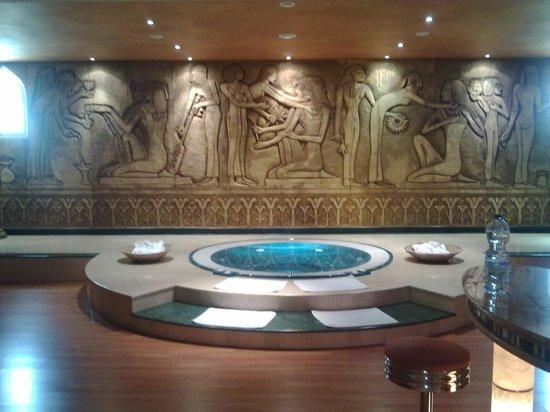 Hotel al-kalat: master suite