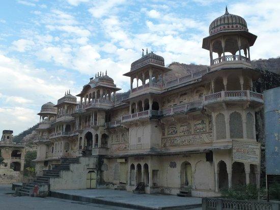 Galtaji Temple: The surrounding area