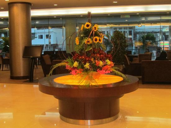 Furama Bukit Bintang: The Lobby