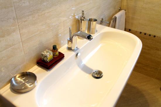 B&B Villa Velia : Bathroom Suite