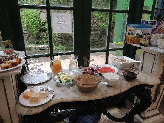 The Quay House: Breakfast starts with lovely cakes, fruit, cheeses and cereal