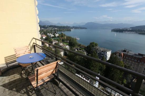 Art Deco Hotel Montana Luzern: balcony