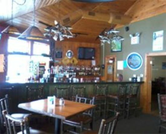 Link Family Smokehouse Blue Heron Bar Inside Explorers Point Restaurant