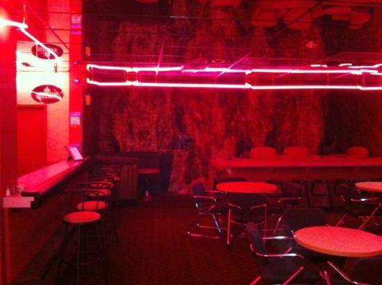 Hotel Le Comte: le bar rose!