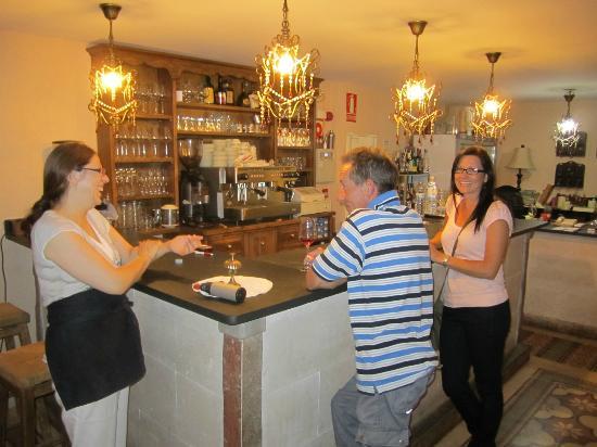 El Refugio De Don Miguel: Enjoying the bar area...
