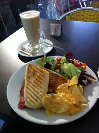 Parker's Parlour: A light lunch to remember