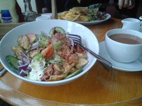 Issacs on the Quay: chicken & bacon salad