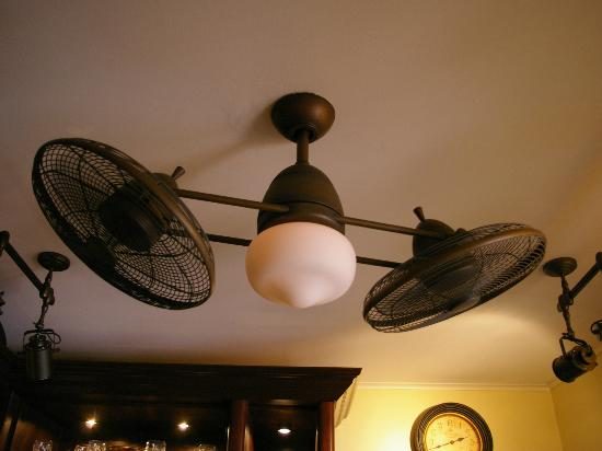 The Gardens Hotel: Cool Fan!