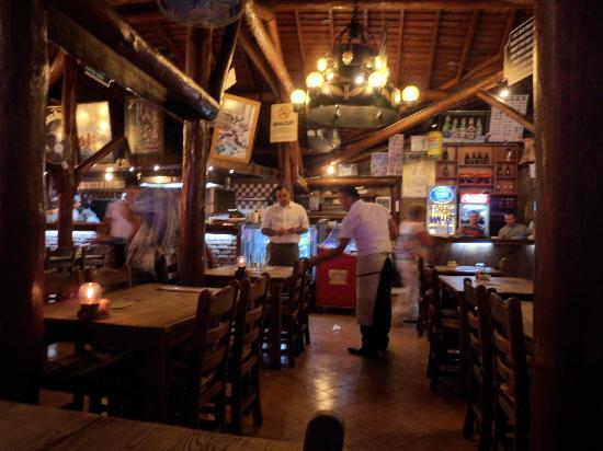 Castelleo's: Great Restaurant