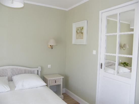Les Pins : chambre verte