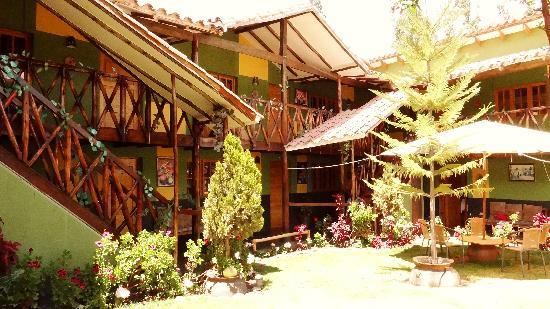 Hostal Uru Tinkuy : El Jardín