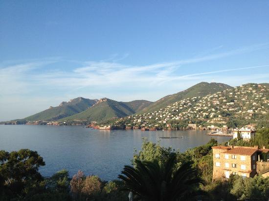 Hôtel Tiara Yaktsa Côte d'Azur : Quelle vue au réveil!