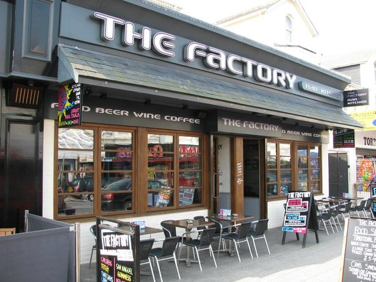 Kitchen Factory : The Factory Paignton - Picture of Factory Bar Kitchen, Paignton ...