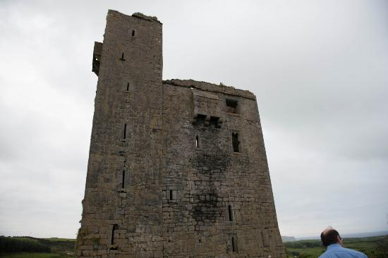 Ballinalacken Castle Country House: Ballinalackin Castle