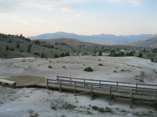 Mammoth Hot Springs Hotel & Cabins 사진